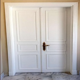 Semi-solid door